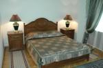 Кровать в 3-х комнатном 3-х местном Люксе (2)